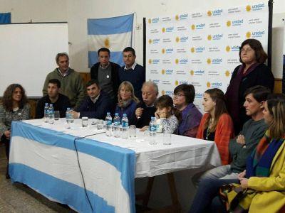 """Unidad Ciudadana cerró su campaña pidiendo """"votar la lista entera de Cristina"""""""