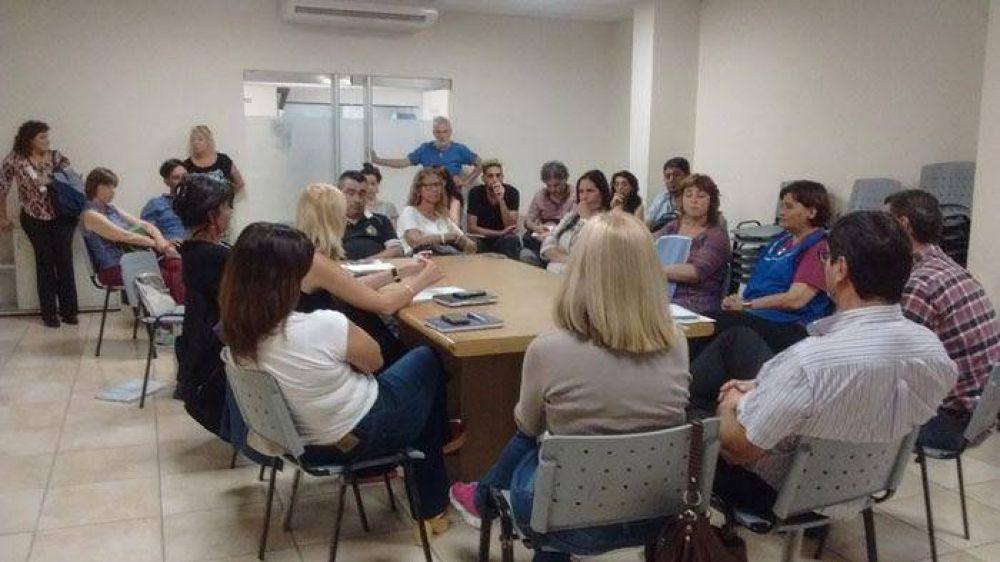 Los institutos municipales de Avellaneda se encuentran en estado de alerta y movilización