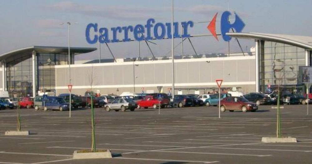 Carrefour no efectuará despidos en Paraná, pero ofrecerá retiros voluntarios