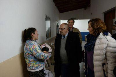 Cesó el alerta y el Intendente Arroyo visitó a los evacuados