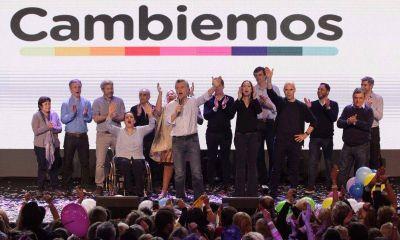 """Gobierno: en provincia hay """"empate"""" y """"se define"""" en el escrutinio definitivo"""