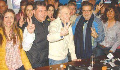 Carlos Saúl Menem le ganó por siete puntos a Julio Martínez