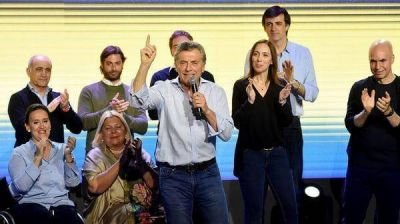 El Gobierno ganó en 10 provincias y se mantiene la expectativa en Buenos Aires y Santa Fe