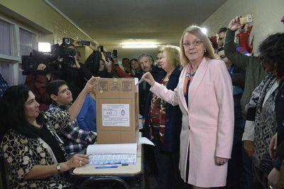 """Alicia destacó """"el derecho del ciudadano a votar"""""""