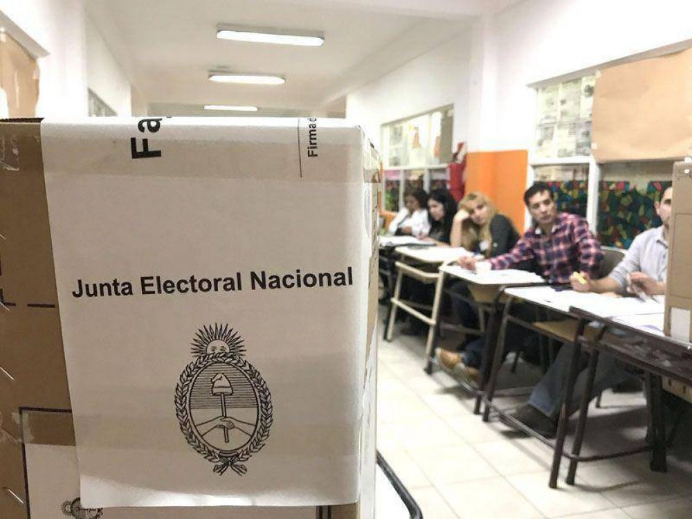 Con 5 mesas sin escrutar, la diferencia a favor de Pérez es de 1,77% y la clave de Stefani fue Ushuaia