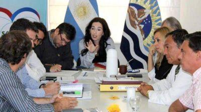 AProSa solicita reunión a García y prepara medida de fuerza
