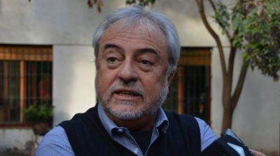 Riva pide fondos para poder pagar salarios de la defensoría