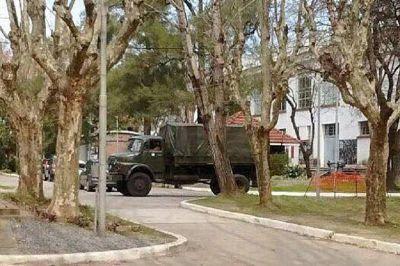 Por primera vez en 13 años entro un camión militar con oficiales armados a la ex ESMA
