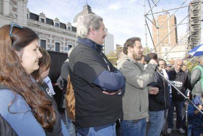 """Los judiciales vuelven al paro por 48 horas """"desde mañana con movilización el jueves"""""""