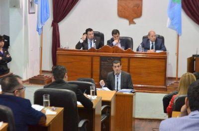 El secretario de Hacienda municipal fue interpelado por los concejales