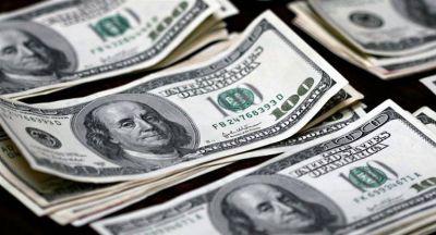 Los pesos que no fueron a Lebac presionaron al dólar, que subió 12 centavos a $ 17,49