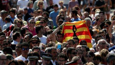 """Atentado en Barcelona; Papa Francisco: """"acto inhumano"""""""