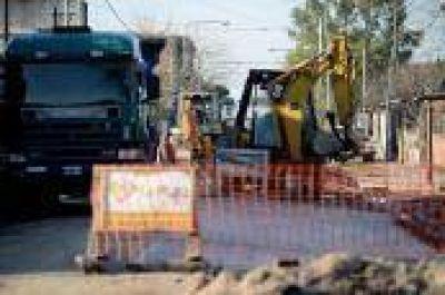 La Plata: Avanzan las obras de repavimentación y la comuna advierte por desvíos de tránsito