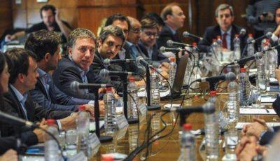 Catamarca y Santa Cruz no firmaron el acuerdo para bajar el gasto público