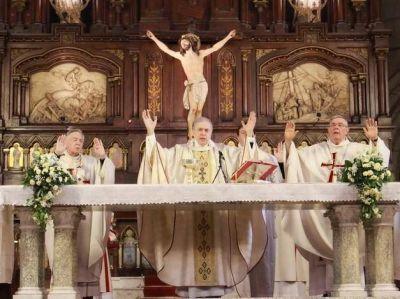 Marino rezó su última misa al frente de la Diócesis marplatense
