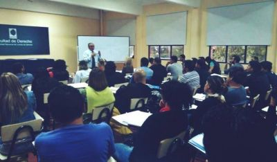 Lanzan la Diplomatura Universitaria en Actividad Sindical en Lomas de Zamora
