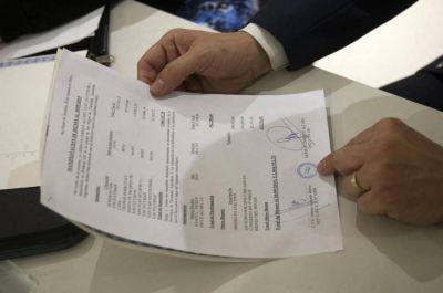 Alfaro declaró un patrimonio superior a los $ 2 millones