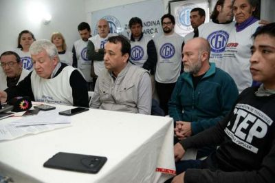 Señalan complicidad de empresarios de Bariloche con Macri por la flexibilización laboral