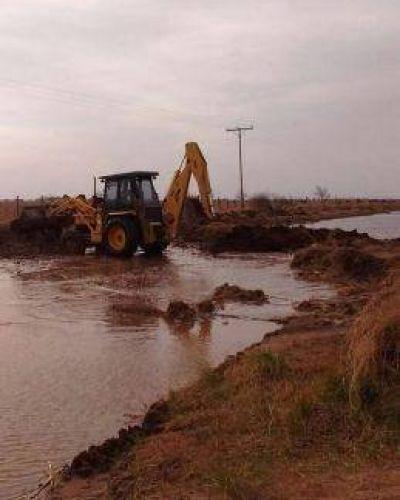 """El intendente de Rivadavia anunció que denunció otra vez al gobernador de La Pampa y lo calificó como """"patrón de estancia"""""""