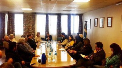 Alicia Kirchner se reunió con las cámaras empresariales
