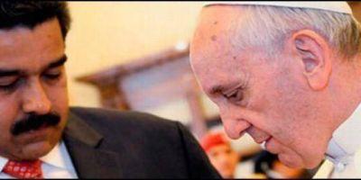 Maduro pedirá al Papa ayuda