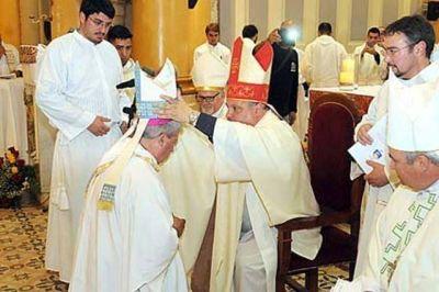 Monseñor Martínez Ossola recibió su ordenación episcopal
