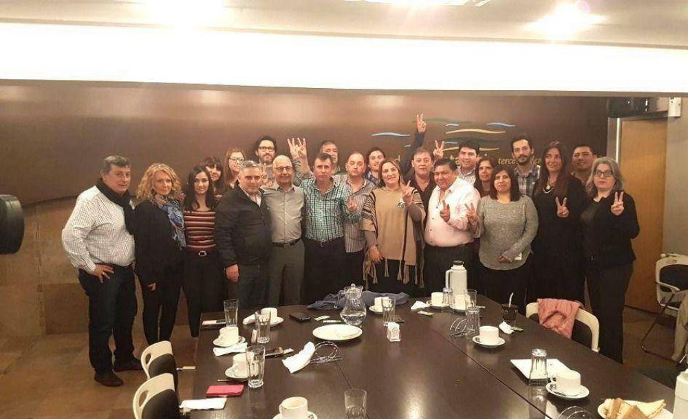 El justicialismo acordó la unidad rumbo a la elección de octubre bajo el liderazgo de Linares