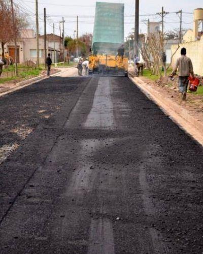 "Misenti: ""Ya comenzaron a asfaltar Pueyrredón"""