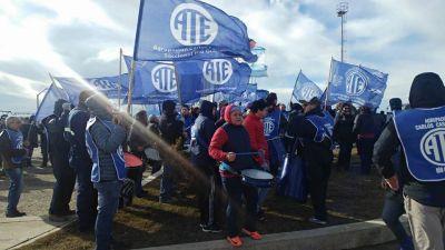 ATE se expresó en contra de la quita de derechos laborales y reforma previsional
