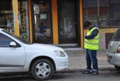 Trabajadores denunciaron despidos en el SIPEM