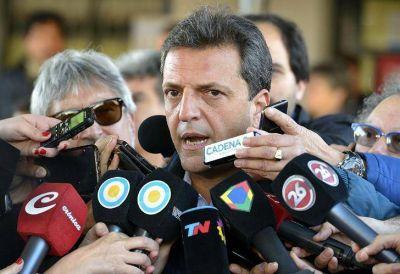 Atento a las fugas, Massa reagrupa a la tropa de cara a octubre