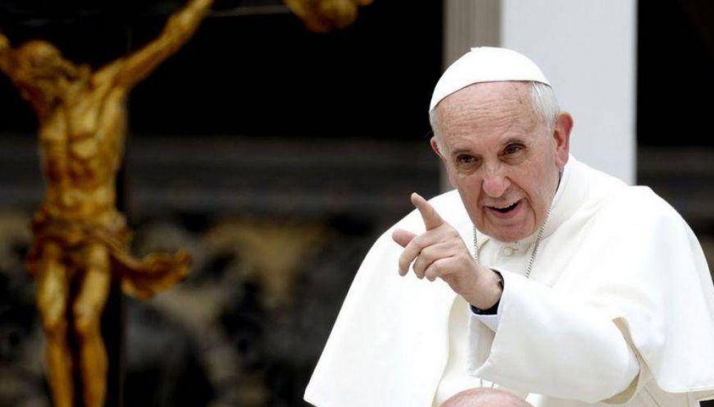Francisco y un nuevo golpe al carrerismo episcopal