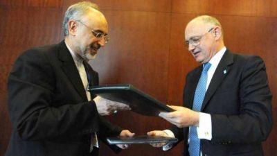 Confirmaron la negociación secreta de Timerman con su par iraní por la AMIA