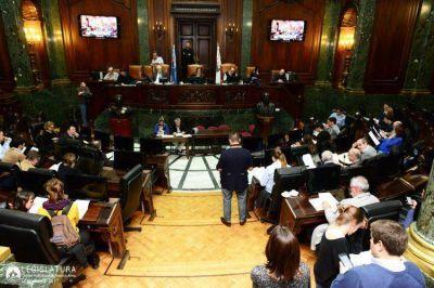 El lobby inmobiliario provocó la reacción de los legisladores
