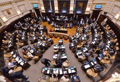 """Cambiemos """"planchó"""" las dos Cámaras bonaerenses: casi no sesionaron en 2017"""