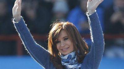 La ex presidenta aguarda el resultado oficial para volver al ruedo