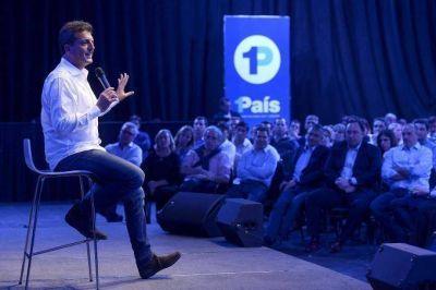 "Massa reunió a sus candidatos: ""Somos una fuerza que representa a la clase media"""