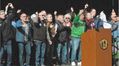 La CGT lo hizo: el Macri político saltó del gradualismo al shock