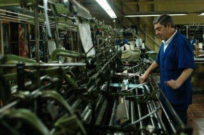 """Textiles: """"El sector está igual que hace 6 meses, no levanta cabeza"""""""