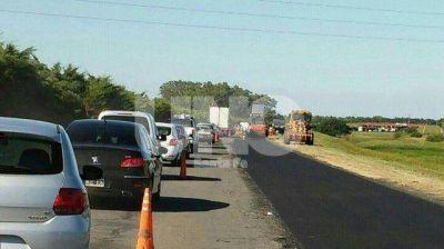 Licitan la segunda etapa de repavimentación de la Autopista Santa Fe - Rosario
