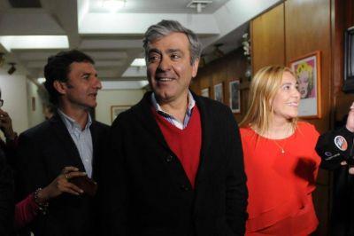Cano sugirió que el gobernador será invitado al aeropuerto