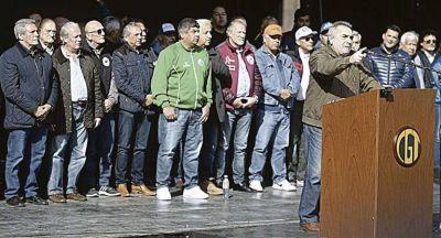 CGT: grandes gremios tejen alianzas con disidentes para bloquear un paro de Moyano