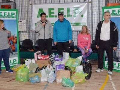 La AEFIP celebró el Dia del Niño con juegos y solidaridad junto a más de 100 bajitos