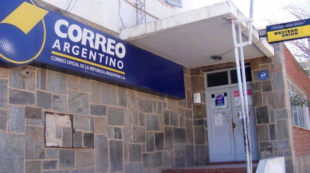 """Los gremios del Correo Argentino se declararon en alerta por un """"plan de desguace"""" del Gobierno"""
