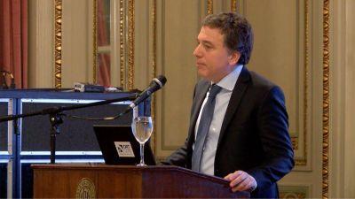 Dujovne sostuvo que la Argentina se dirige hacia el equilibrio fiscal y la integración al mundo