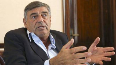 El gobierno analiza cerrar la Unidad Especial de AMIA por falta de resultados y escasa transparencia