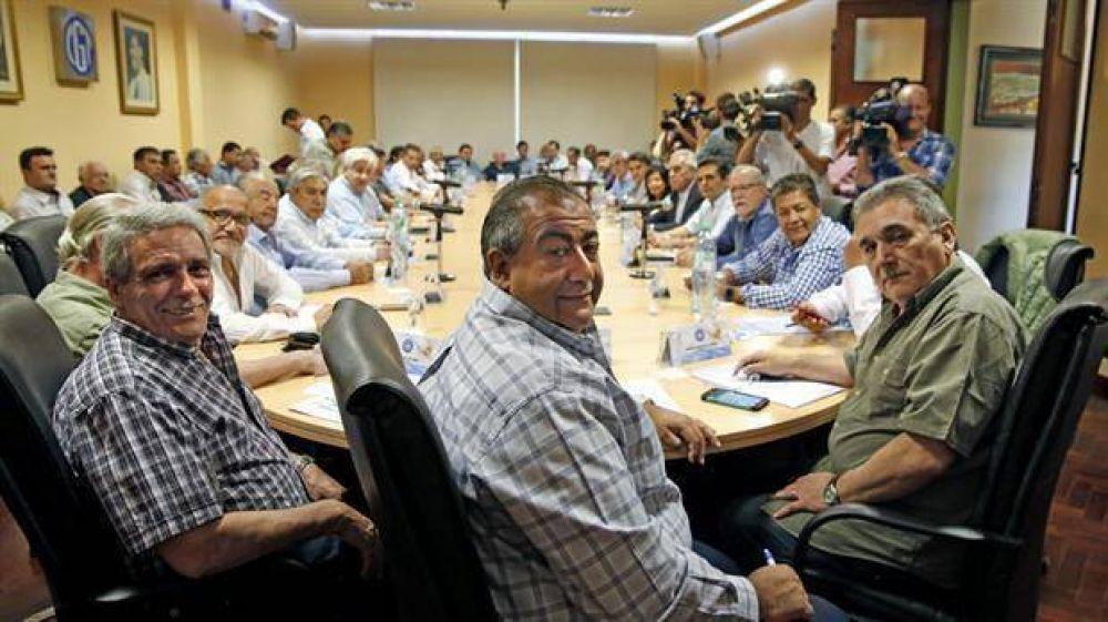 Un sector de la CGT le ofreció al Gobierno frenar el paro que impulsa Moyano