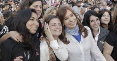 Más de mil mujeres sindicalistas debatieron la agenda de género y se reunieron con CFK
