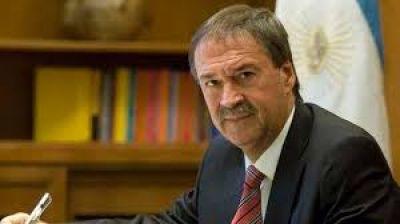 Los gobernadores analizan una baja de impuestos a cambio de coparticipación