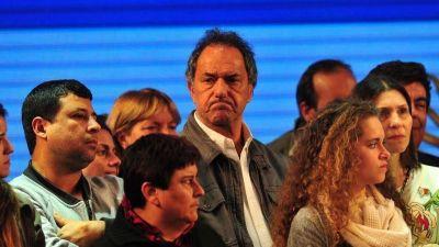 Investigan a Scioli por la venta de terrenos millonarios a una proveedora del Estado